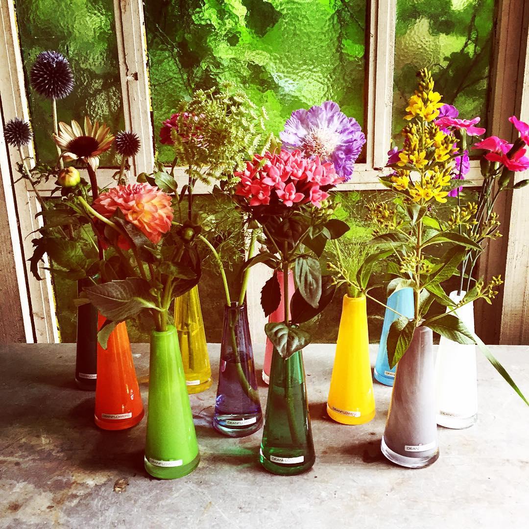 henrydean deanflowers summer summerflowers colors dahlia bouvardia scabiosa dianthus lysimachia echinecea eryngium phlox ammi flowershop antwerp florartesantwerp