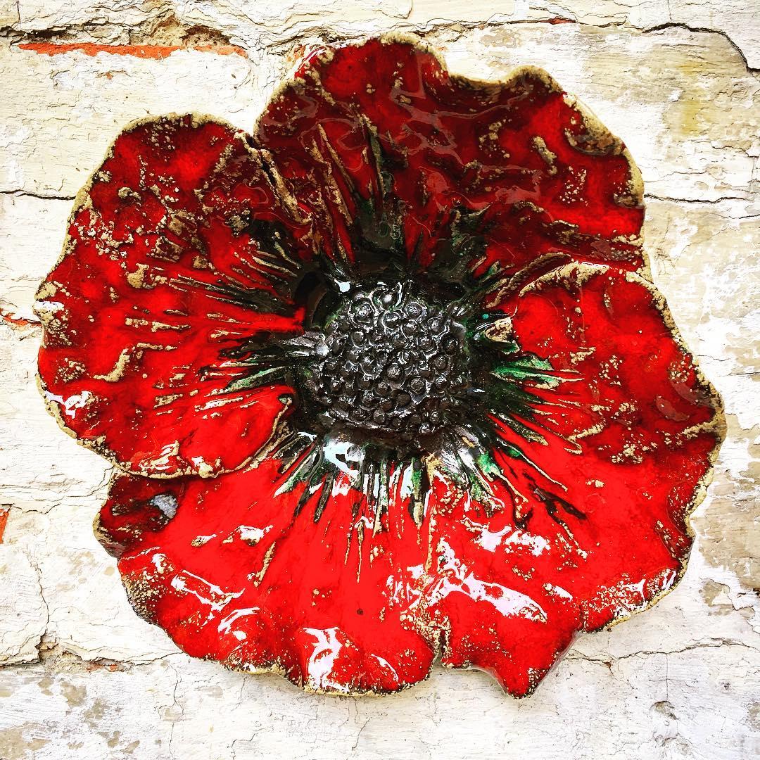 poppy ceramics portugal algarve studiobongard red flower flowershop antwerp florartesantwerp