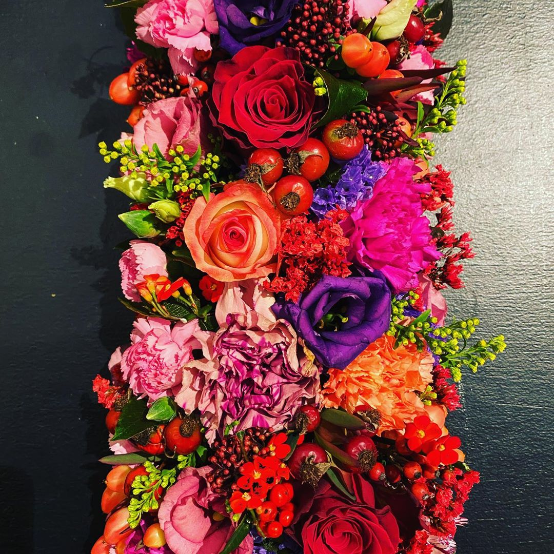 Colors on the table with Christmas Eve : on 24th the shop is open from 9h00 till 17h00